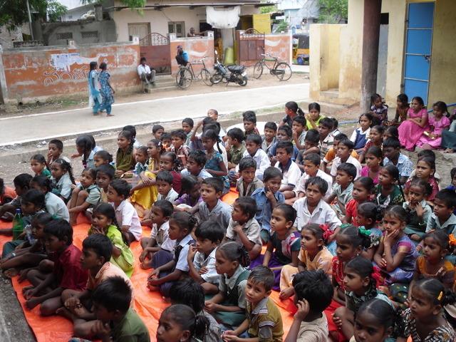 School uniforms urgently required for 15,000 poor children ...